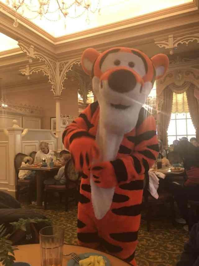 disneylandcharacterdiningreservations