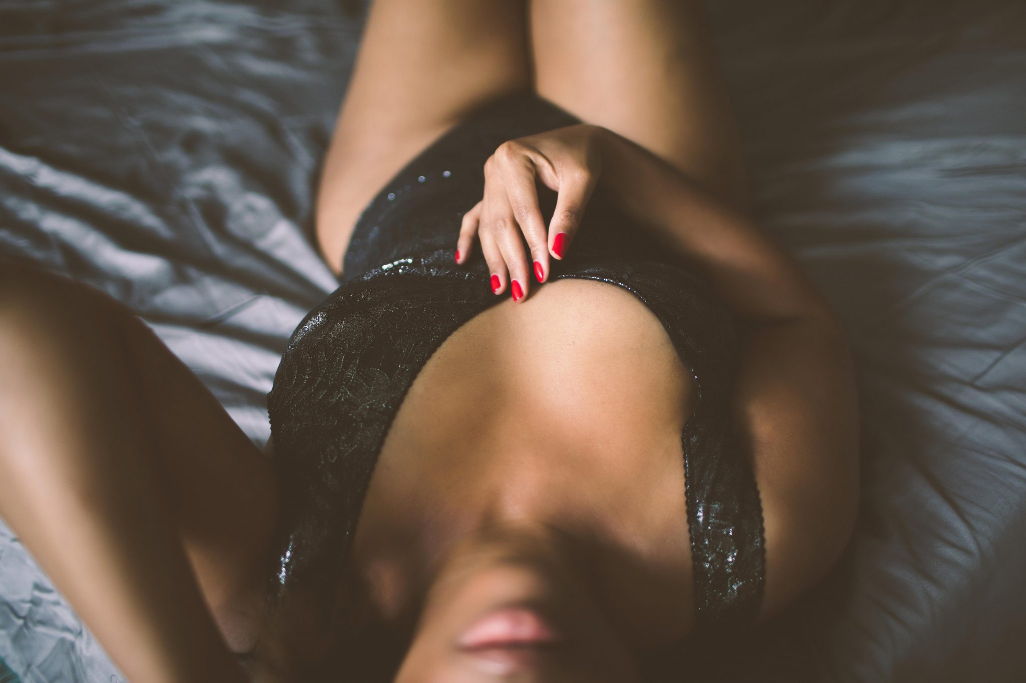 A sensual boudoir photo in New York City