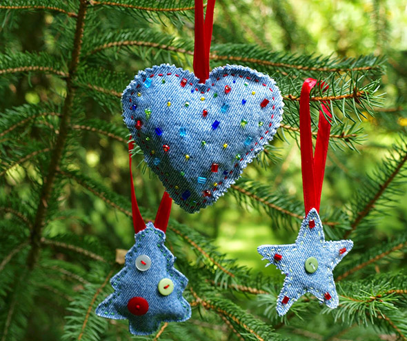 christmas-denim-decorations-12