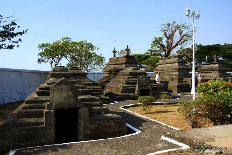 Bertamu Ke Kompleks Makam Raja Gowa Travel Blog Evi Indrawanto