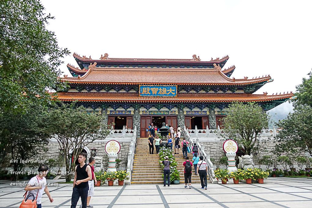 Biara Po Lin