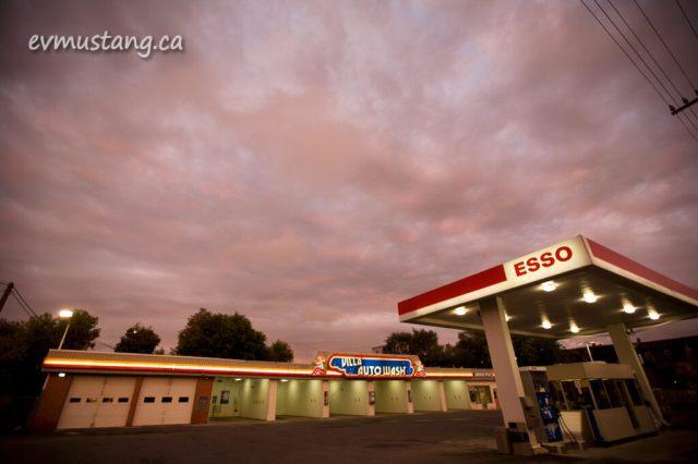 image of Villa Auto Wash under a purple sky