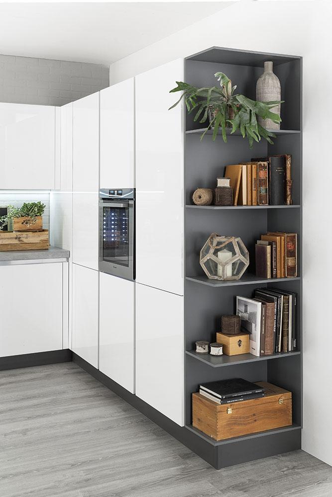 Cucine moderne con gola  Korinna  EVO Cucine
