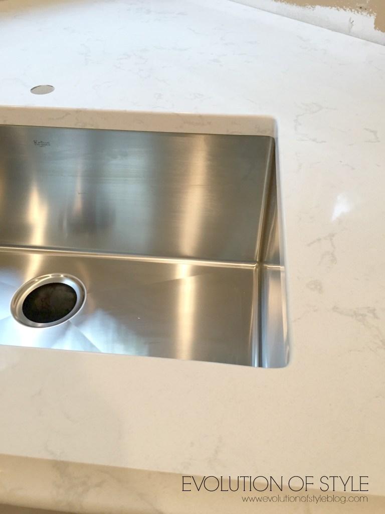 sink-watermark