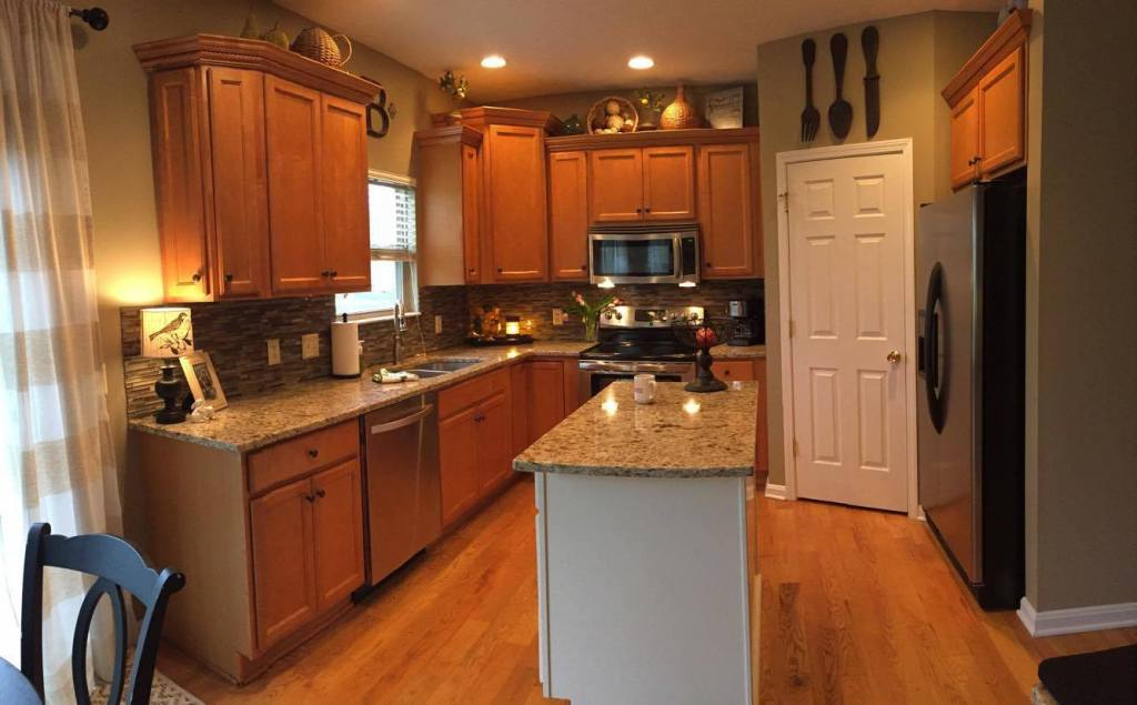Maple Kitchen Before
