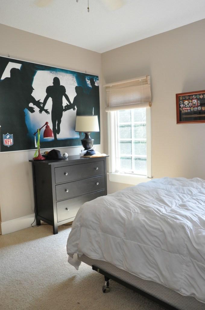 teen-boy-bedroom-before6