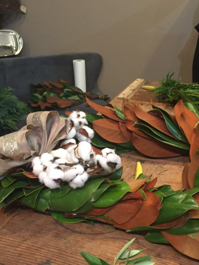 magnolia-wreath-with-cotton