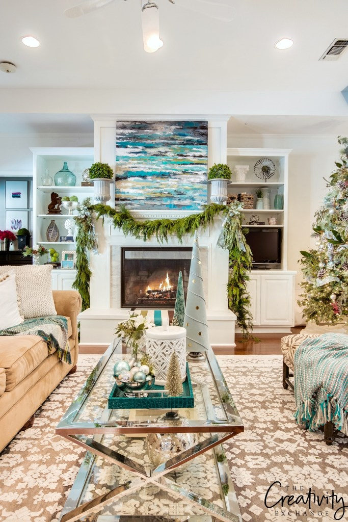 the-creativity-exchanges-christmas-home-tour-living-room