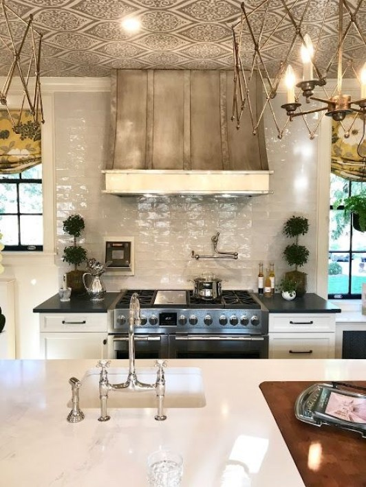 Julian Price Showhouse Kitchen