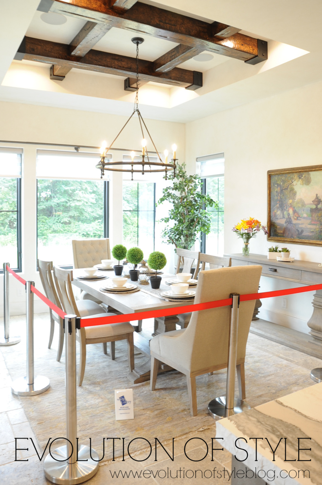 Modern farmhouse dining area