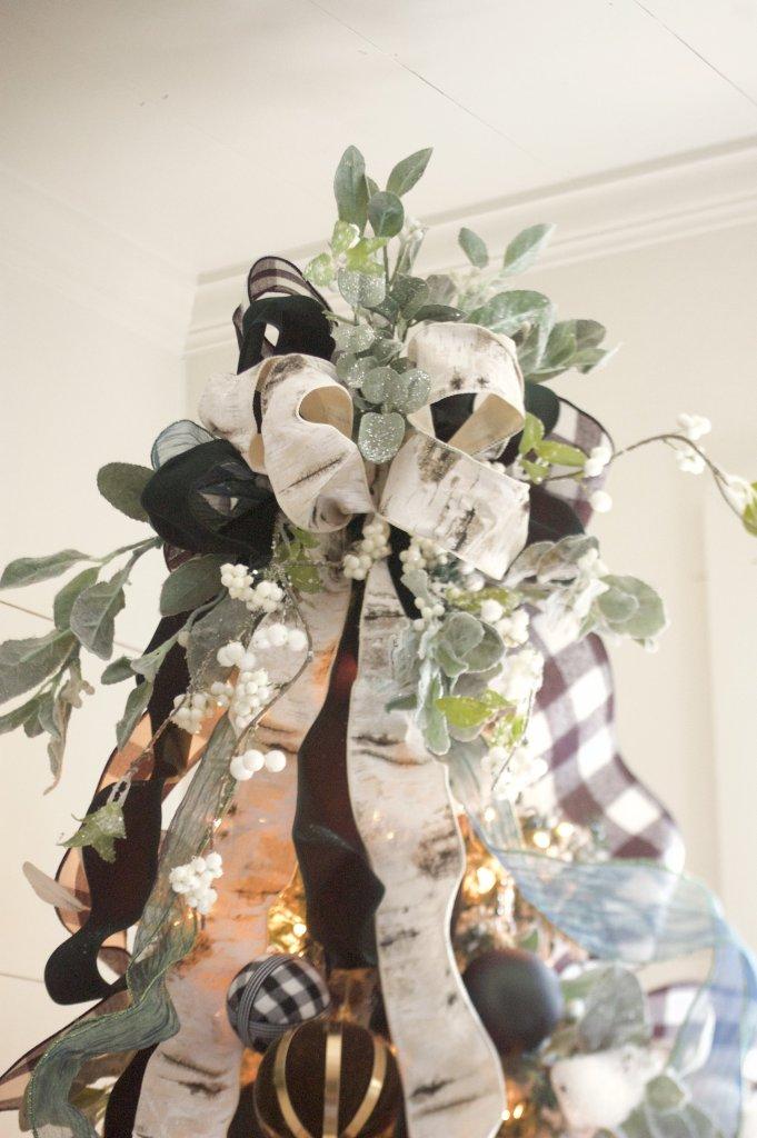 Black and White Buffalo Plaid Tree Topper