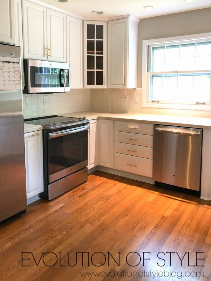 Decorators White Kitchen Cabinets Painted