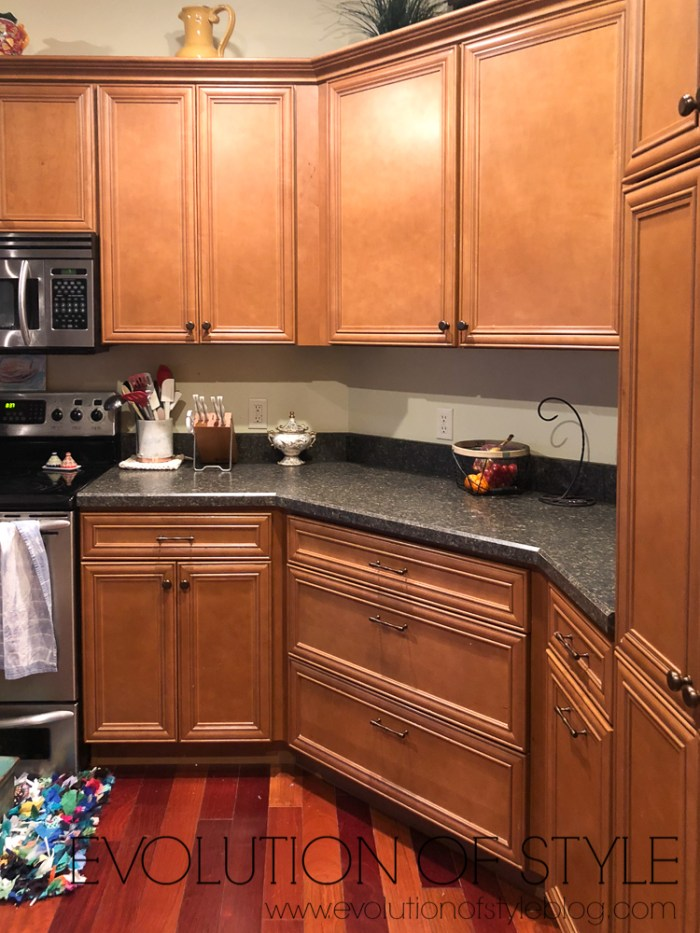 Painted Kitchen Cabinets In White Dove Evolution Of Style