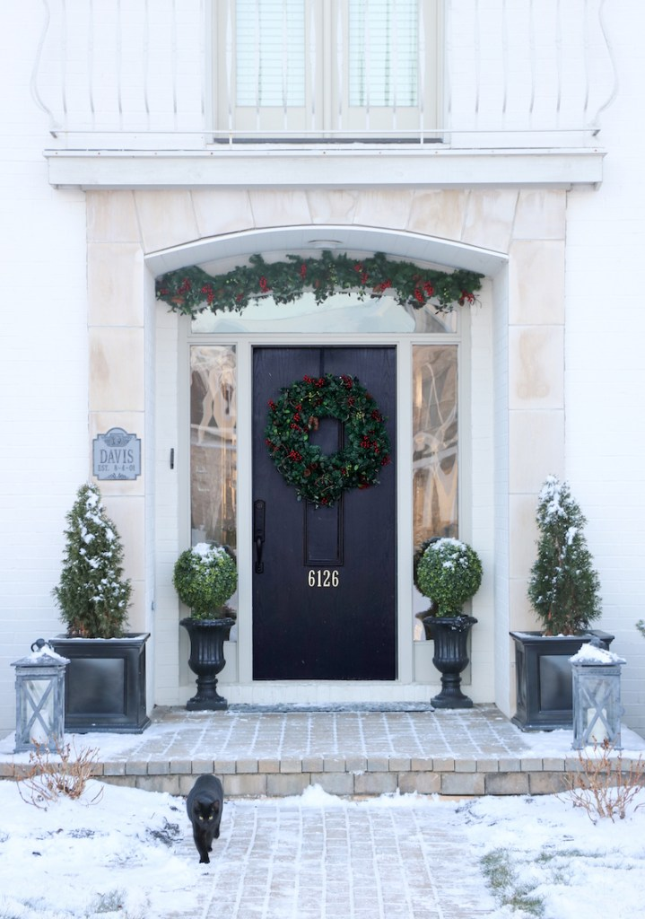 2019 Holiday Tour of Homes - Sincerely Sara D - Front Porch