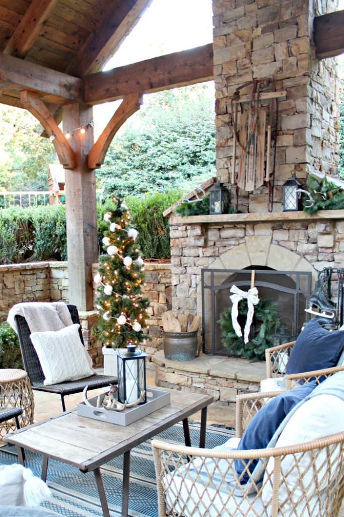 2019 Holiday Tour of Homes - Southern State of Mind - Porch Decor