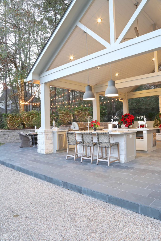 2019 Holiday Tour of Homes - The Creativity Exchange - Pool House Holiday Decor