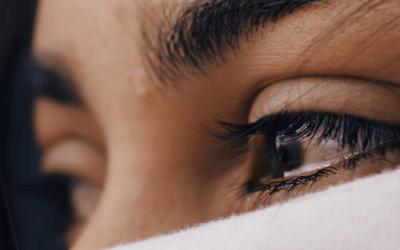 4 Subtle Signs of Emotional Trauma