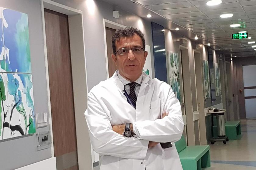 Prof. Dr. İsmail Cinel: Yoğun bakımlarda kırmızı alarm çanları çalıyor -  Evrensel