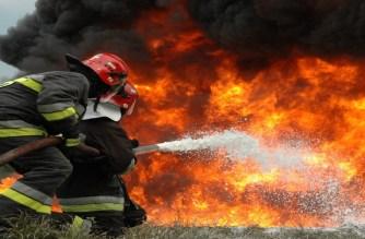 Η ΕΛΑΣ στηρίζει την Πυροσβεστική με προσωπικό και μέσα στη «μάχη» κατά των πυρκαγιών