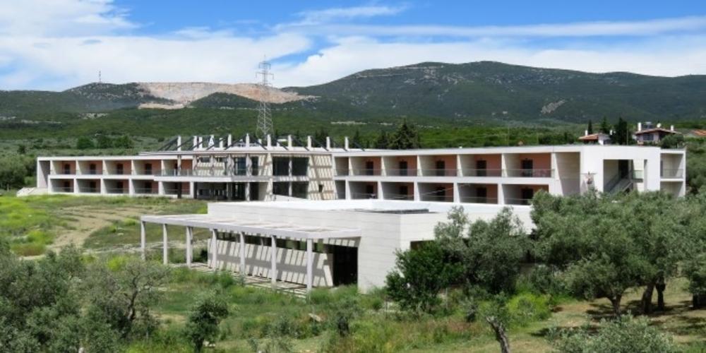 Προκηρύχθηκε η διαμόρφωση περιβάλλοντος χώρου του Ιωακείμειου Γηροκομείου Αλεξανδρούπολης με 991.000 ευρώ