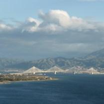most łączący stały lad z pólwyspem Peloponez