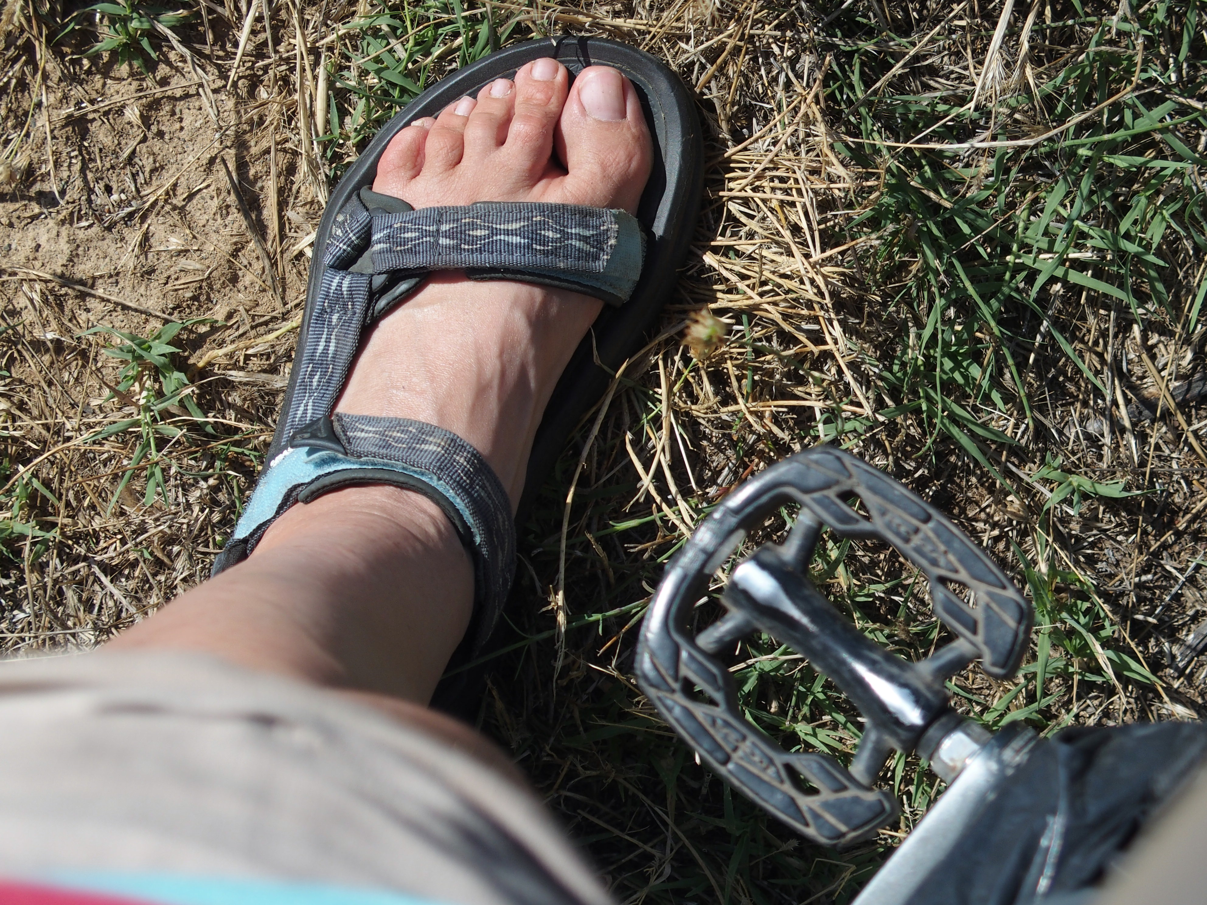 5bdd87749 The thing is about the search for the perfect sandals for traveling by  bicycle. Yep