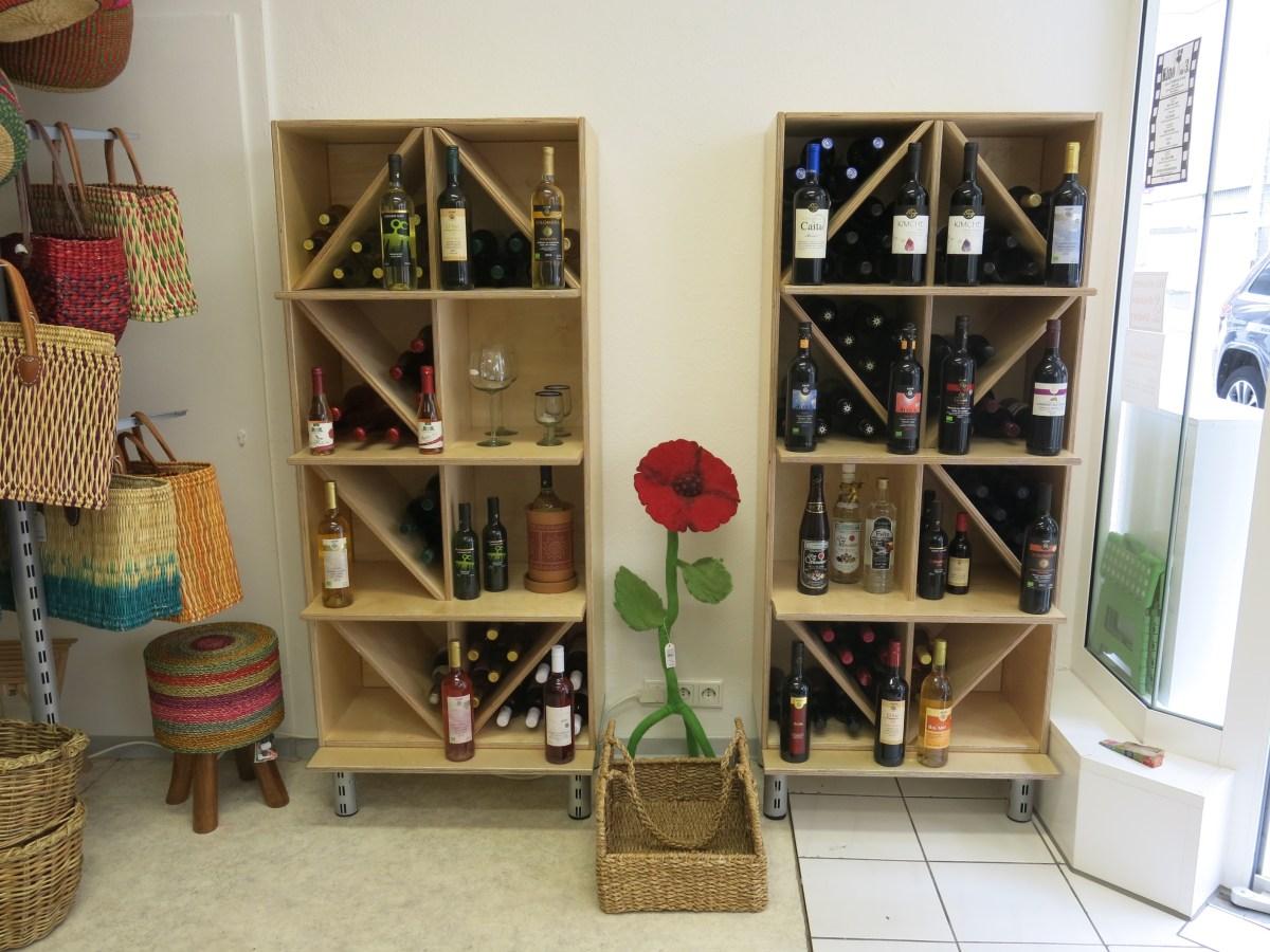 Mehr Platz für Wein und Tücher im Weltladen