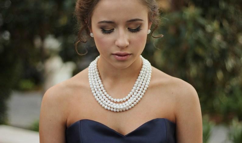 Perlové náhrdelníky jsou ztělesněním vkusu a elegance