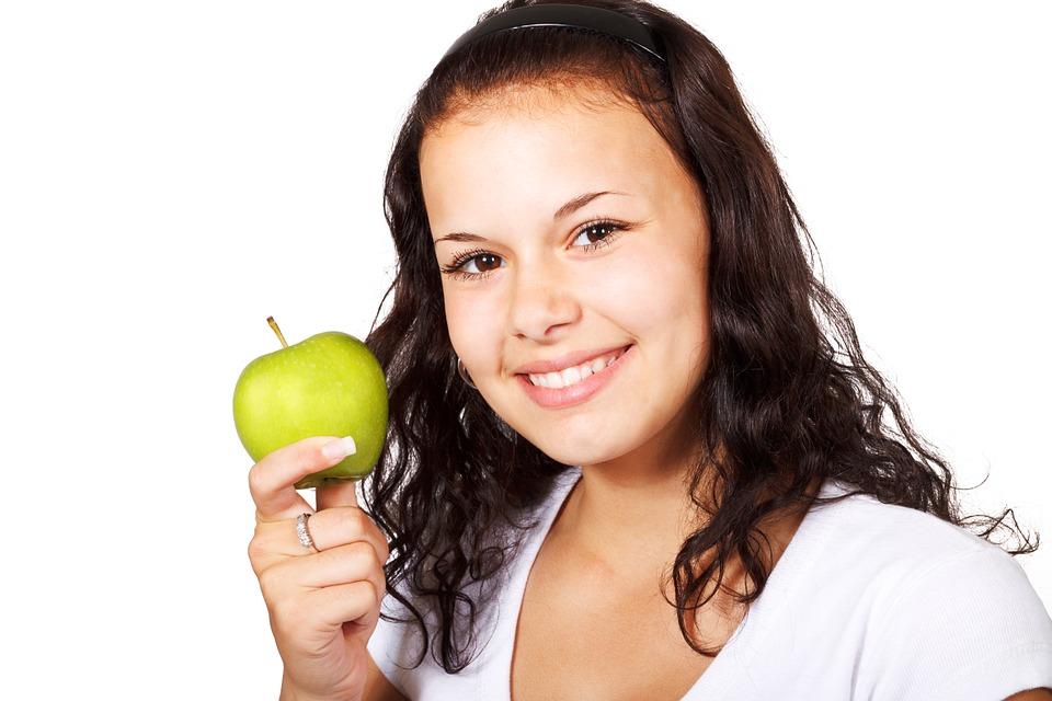 apple-18302_960_720