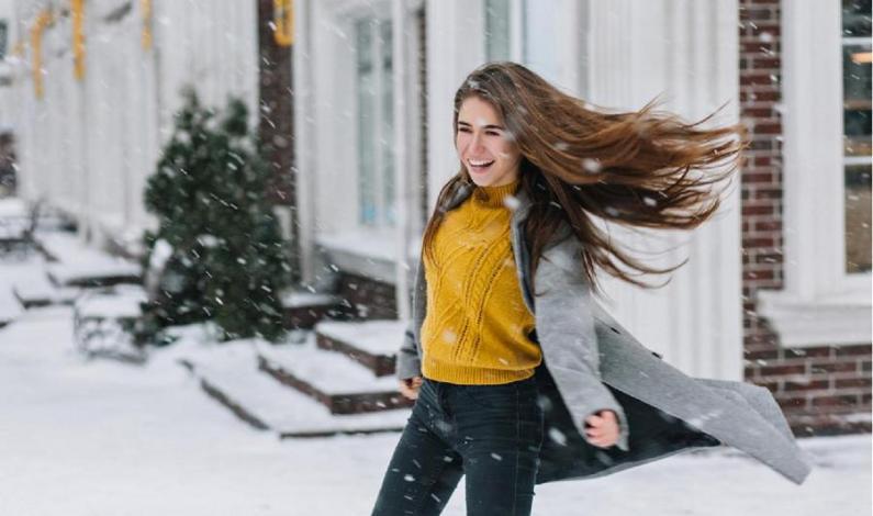 V zimě dopřejte vlasům lehkost a ochrannou hydratační péči