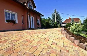 Aké sú trendy v betónových dlažbách?