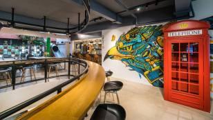 C03 social office interior