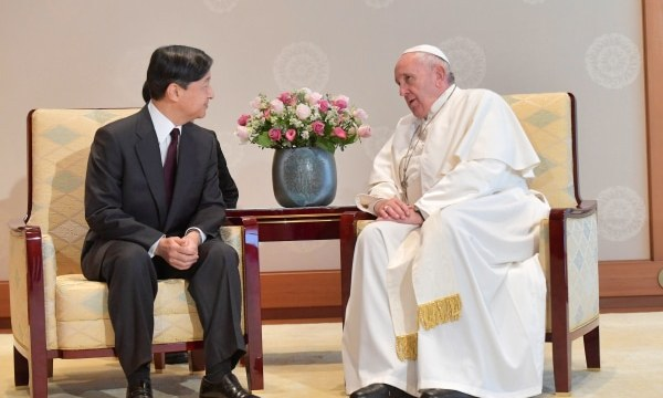 Pope Francis with Emperor Naruhito at the Imperial Palace in Tokyo on November 25. Photo: Vatican Media/Handout via Reuters