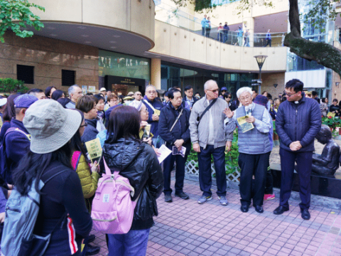 Prayer service led by Cardinal Zen at the Hong Kong Central Library on December 8.
