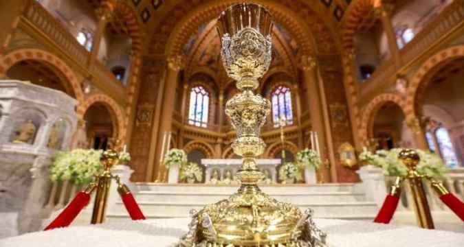 The altar at Assumption Cathedral in Bangkok. File photo: CNS/ Reuters