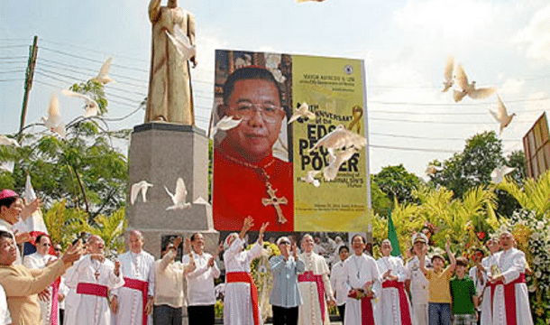 Church leaders witness the unveiling of a statue of Jaime Cardinal Sin, the late archbishop of Manila, on 25 February 2011. Photo: UCAN