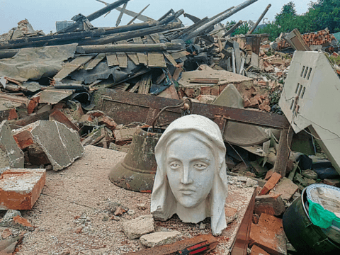 The head of a Marian statue stands among the ruins of Qianwang Catholic Church in Shandong province after it was demolished in August 2018. Photo: UCAN/supplied