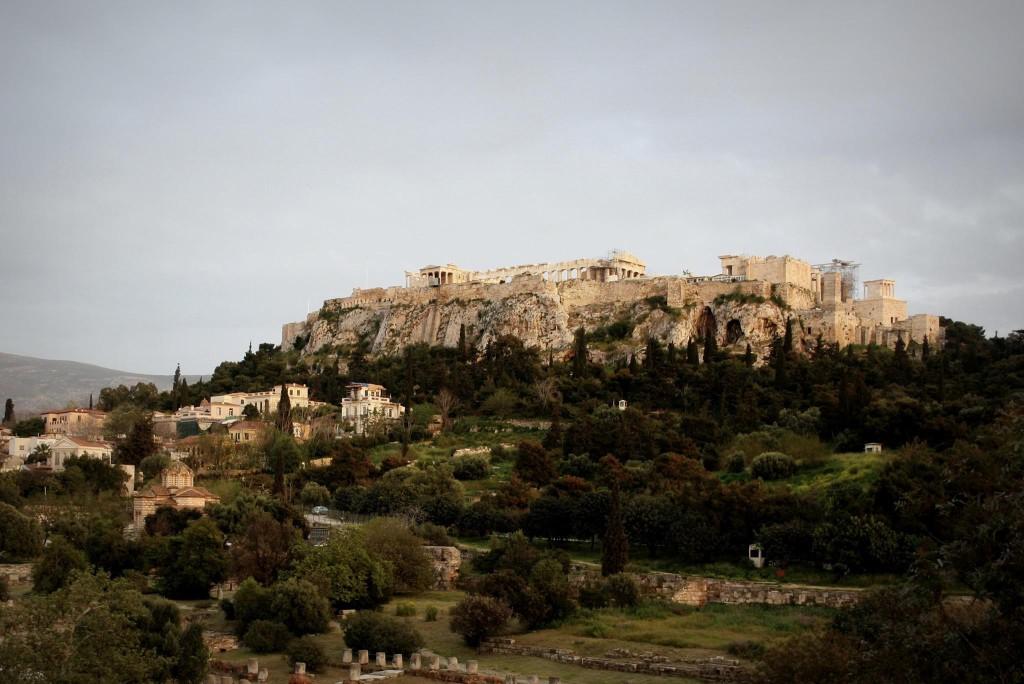 L'acropoli vista dall'Agorà Antica