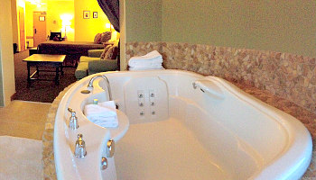 Hotel Hot Tub Suites Best 2020 Rates On Private In Room