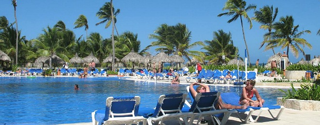 March Vacation Spots Warm Getaways For 2021 Beaches Hot Places