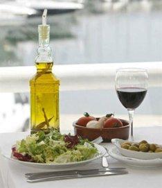La dieta mediterránea se asociaría a un deterioro mental más lento