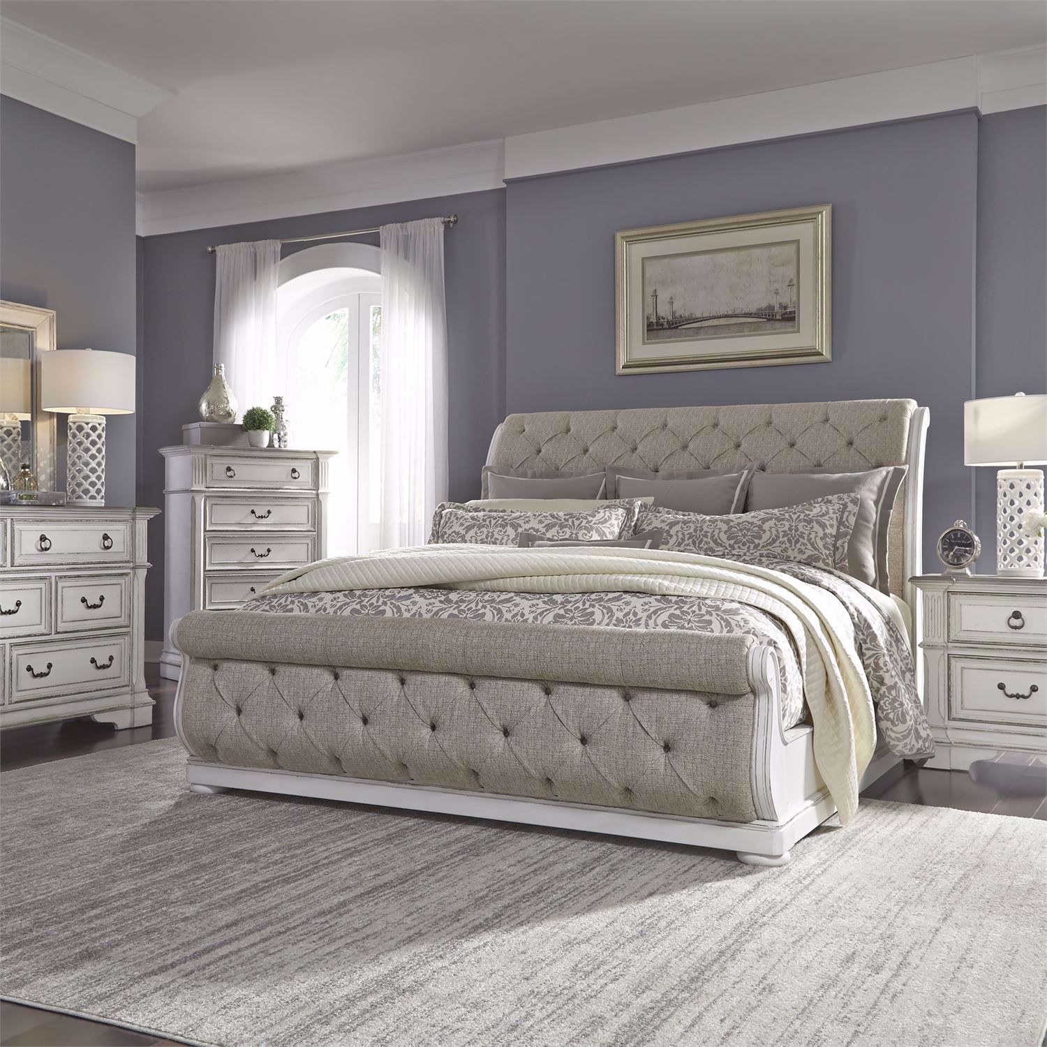 No matter your style, we are confident that you'll be able to find the one that's right for you here. Sturbridge King Bedroom Set 520 Only 3 799 00 Houston Furniture Store