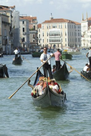 Gondola ride before Venice wedding