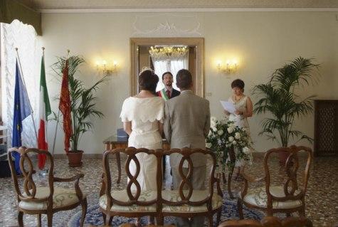Civil wedding ceremony at Palazzo Cavalli, Venice