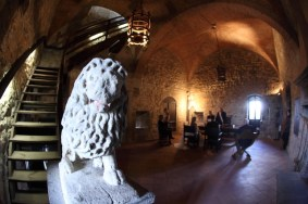 Civil wedding ceremony in the Castle of Castellina in Chianti