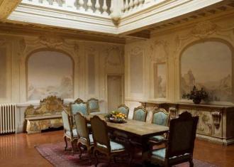 Enchanting historical Halls inside the villa