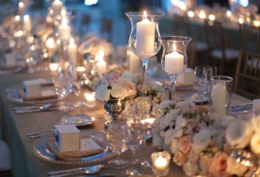 Roses and candles centerpieces