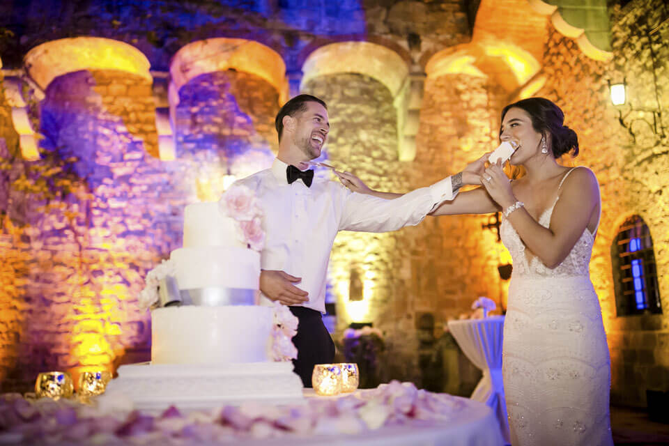 Cake Cutting at Vincigliata Castle