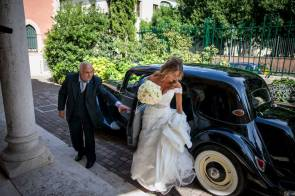 Arrival of the bride at Florence wedding ceremony