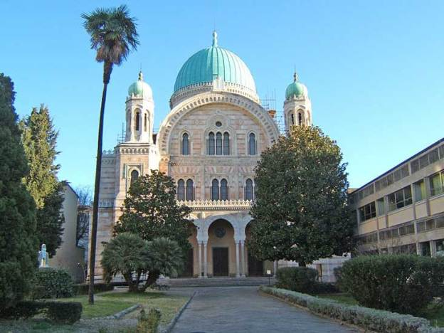 Exterior of Florence synagogue